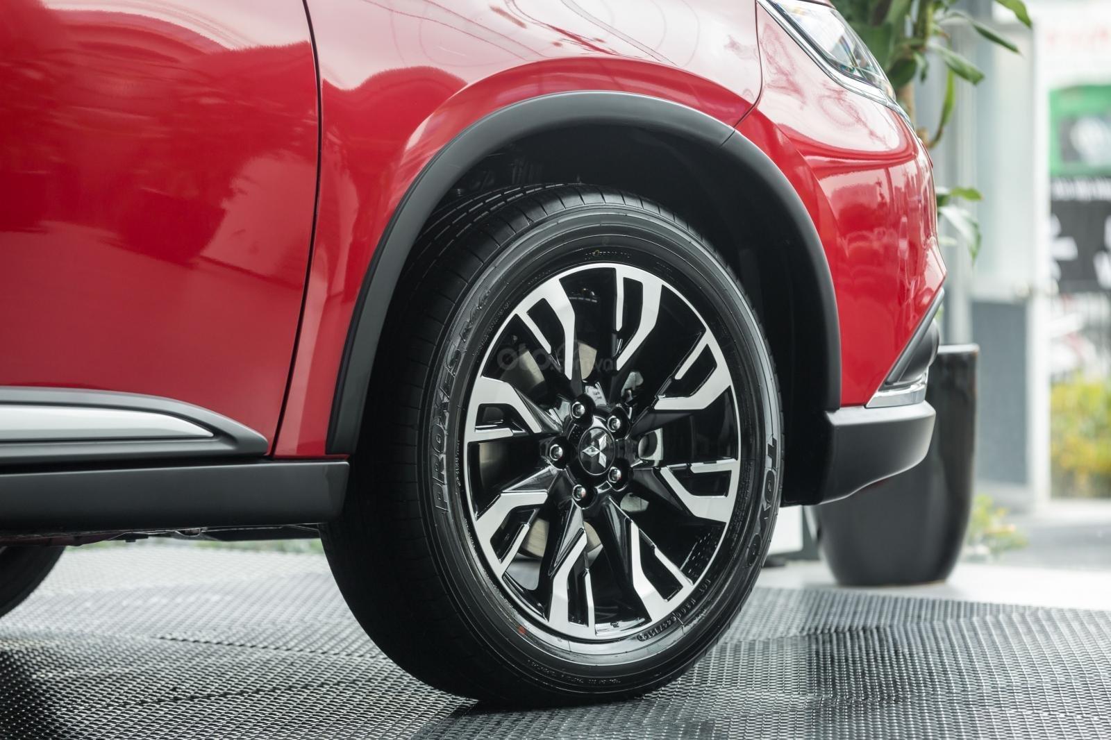 [Mitsubishi Isamco] Mitsubishi Outlander 2020, chỉ 825tr, ưu đãi tiền mặt cực khủng, trả góp 85% (4)