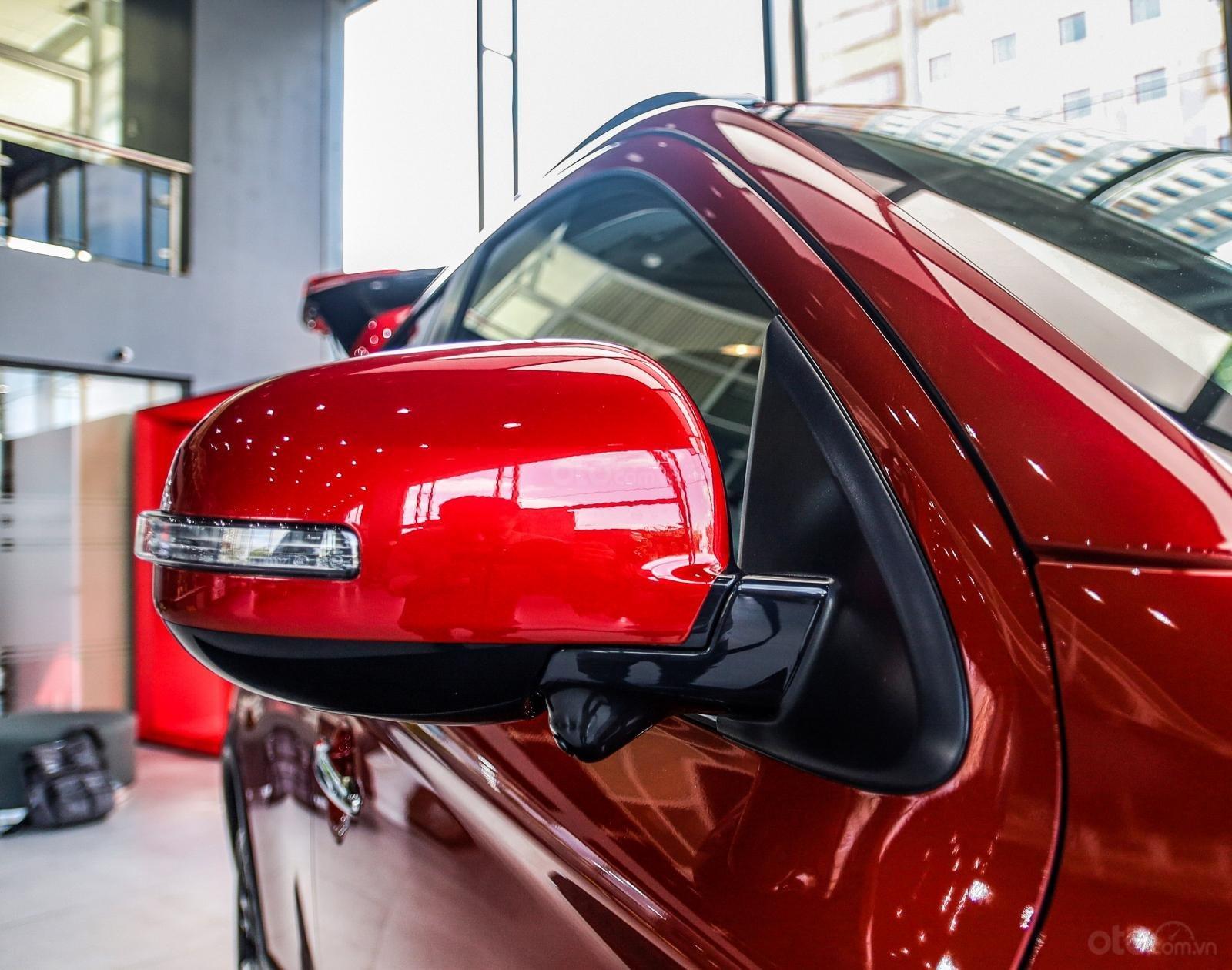 [Mitsubishi Isamco] Mitsubishi Outlander 2020, chỉ 825tr, ưu đãi tiền mặt cực khủng, trả góp 85% (7)
