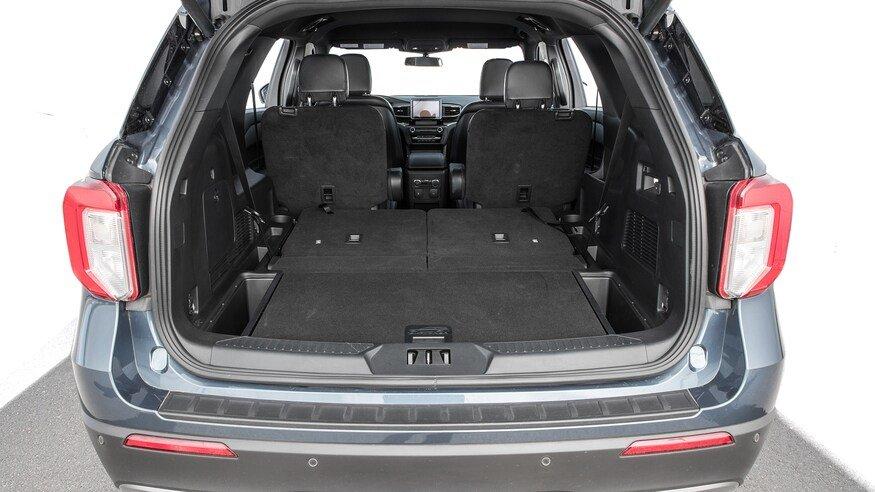 10 mẫu SUV ghế gập siêu rộng - Ford Explorer 2020 sức chứa như mơ.