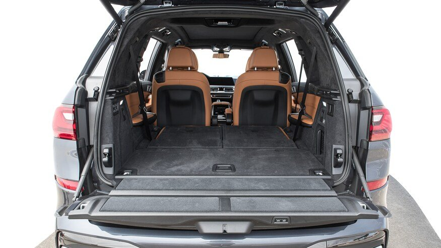 10 mẫu SUV ghế gập siêu rộng - BMW X7 2020 bấy nhiêu cũng chứa.