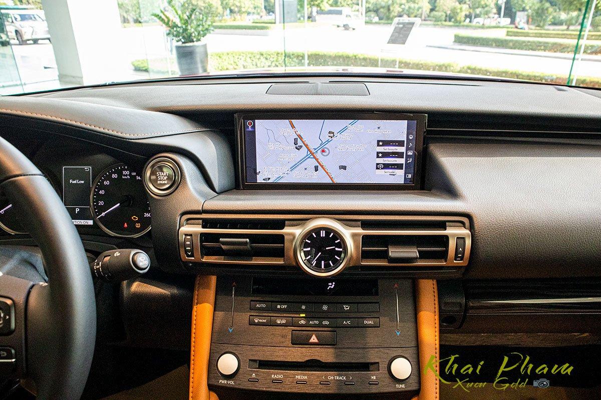 màn hình giải trí xe Lexus RC 300 2020