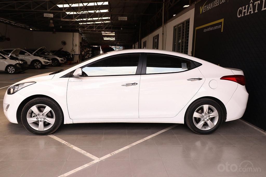 Hyundai Elantra 1.8AT 2013, xe nhập khẩu nguyên chiếc (5)