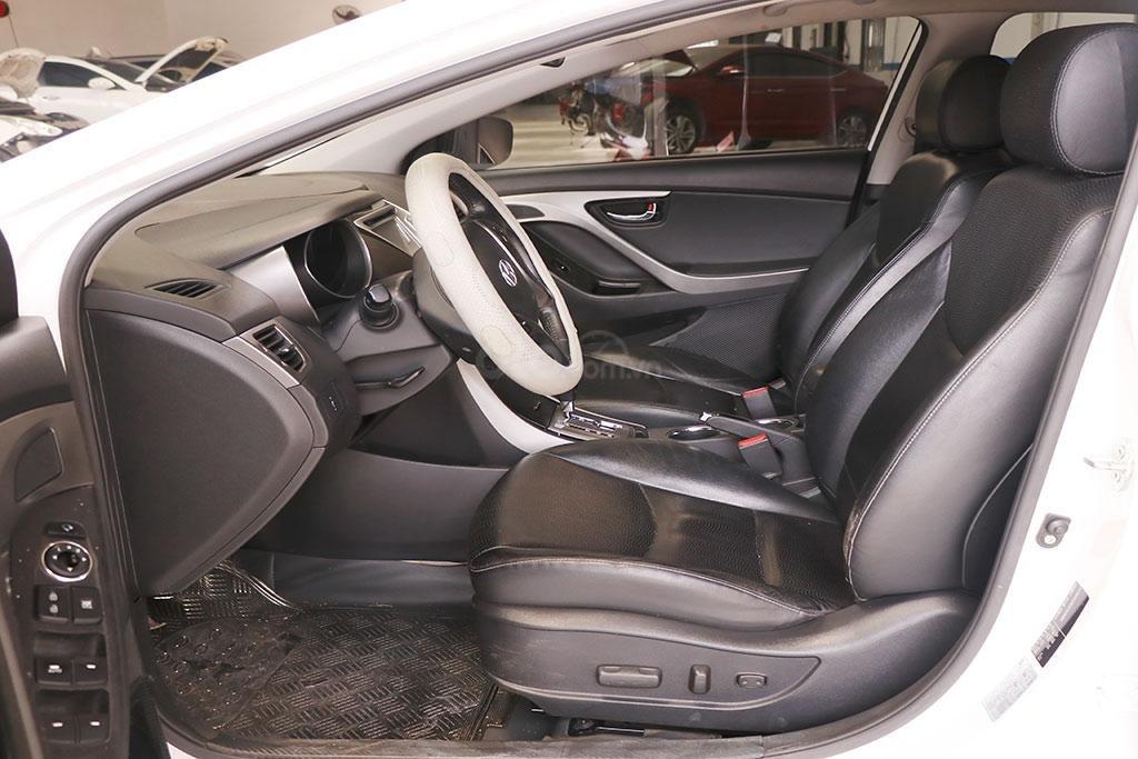 Hyundai Elantra 1.8AT 2013, xe nhập khẩu nguyên chiếc (7)