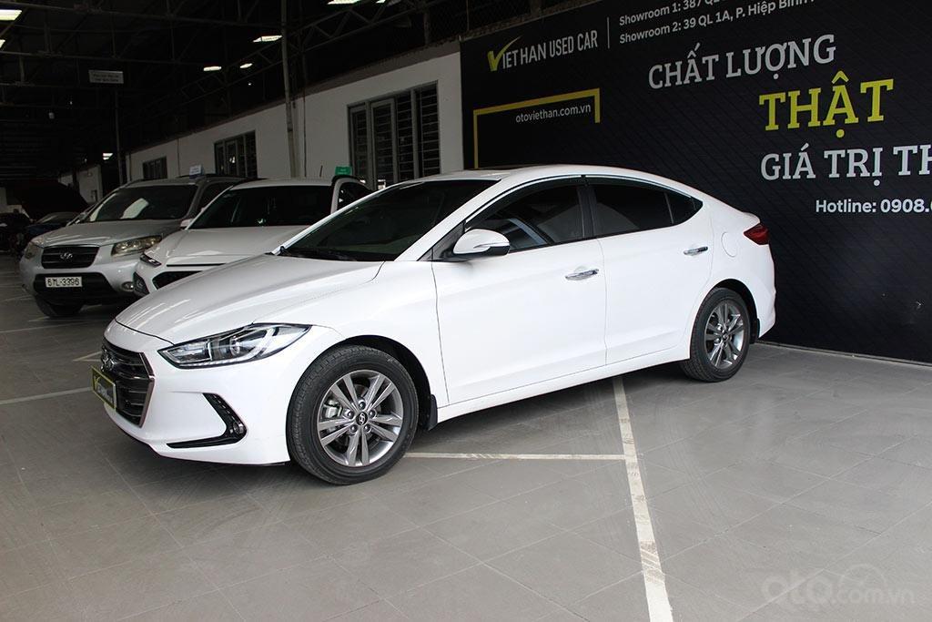 Hyundai Elantra 1.6AT 2018, xe màu trắng cực đẹp (1)