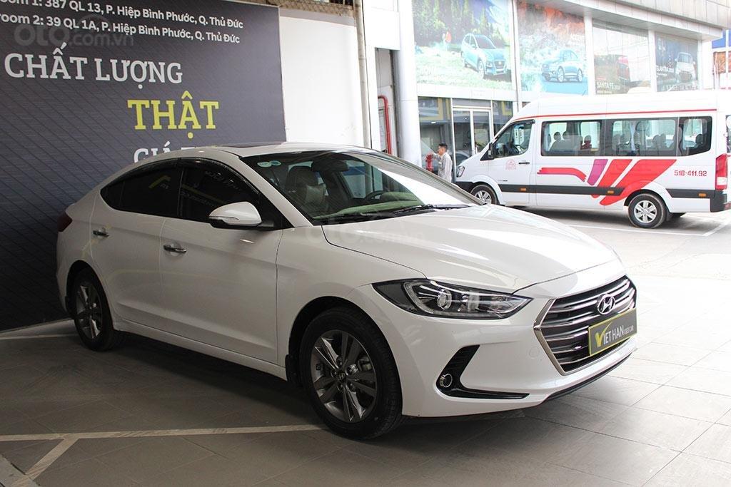 Hyundai Elantra 1.6AT 2018, xe màu trắng cực đẹp (2)