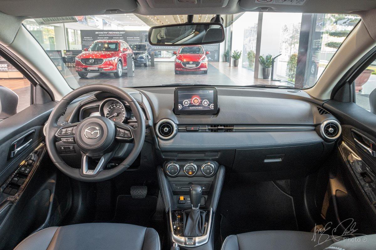 Nội thất của Mazda 2 2020 không thay đổi so với mô hình cũ.