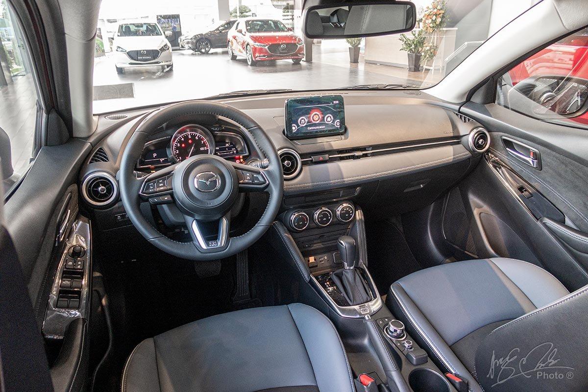 Thông số kỹ thuật xe Mazda 2 2020: Nội thất a2