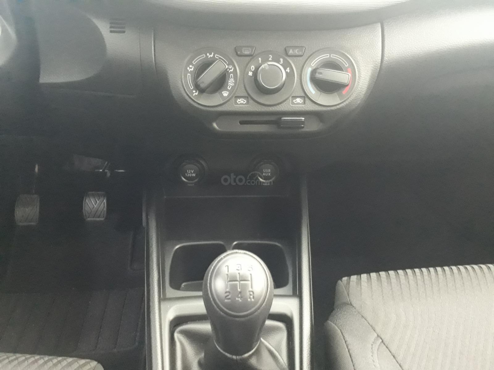 Suzuki Ertiga 2020 số sàn giá chỉ còn 459tr, xe giao ngay, lái thử tận nhà (9)