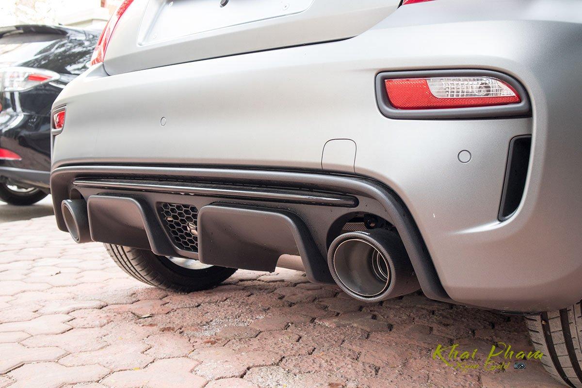 Ảnh chụp cản sau xe Fiat 500 595 Abarth Esseesse 2020 đầu tiên về Việt Nam