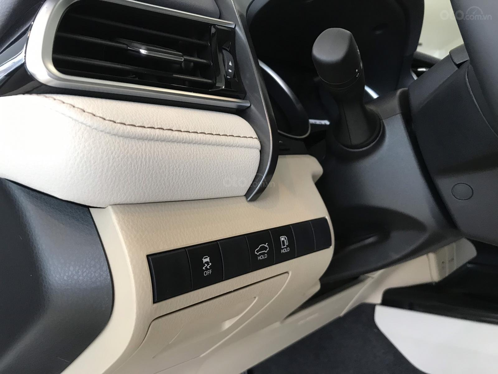 Bán xe Toyota Camry 2020 mới giá tốt khuyến mãi lớn miền Bắc, xe giao ngay hỗ trợ trả góp lãi suất thấp (5)