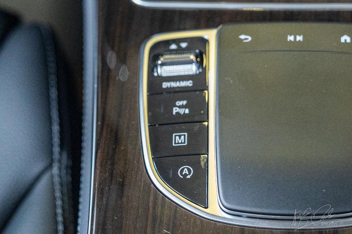 Đánh giá xe Mercedes-Benz GLC 200 2020: Xe có 5 chế độ lái để người dùng tuỳ chọn.