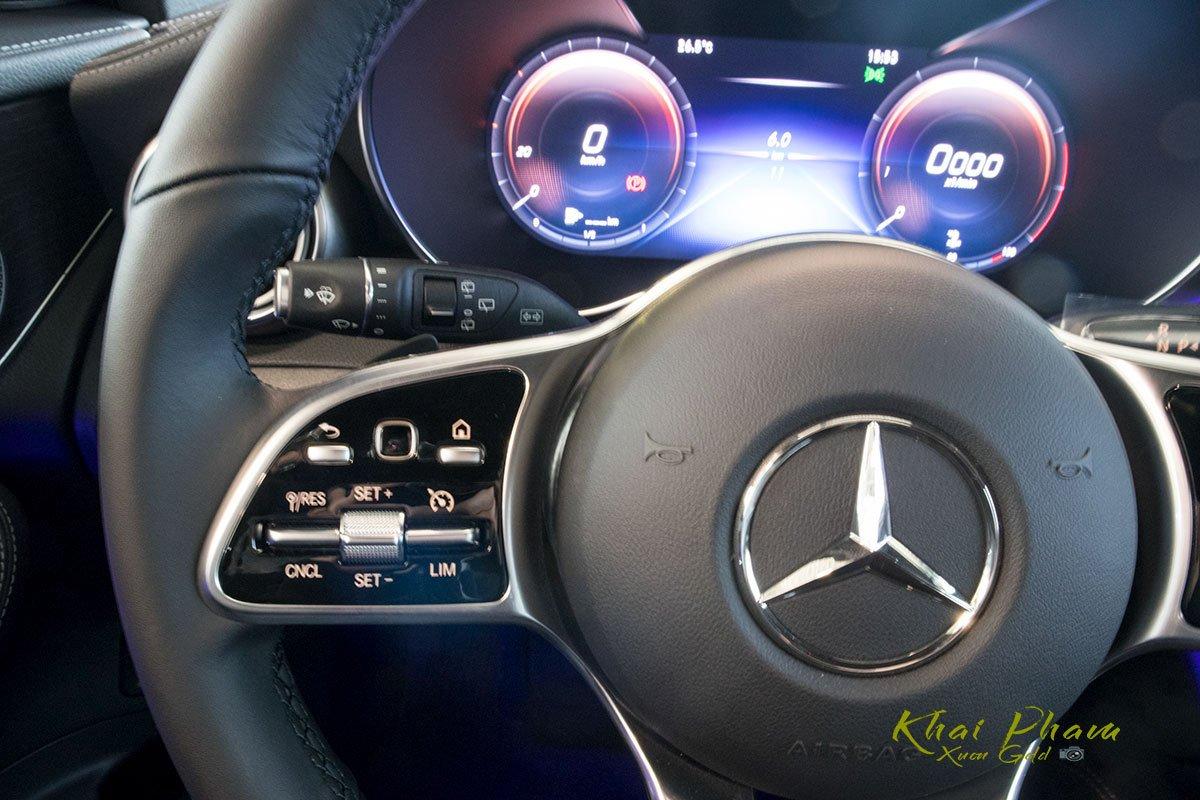 Hình ảnh nút bấm xe Mercedes-Benz GLC 300 4Matic 2020