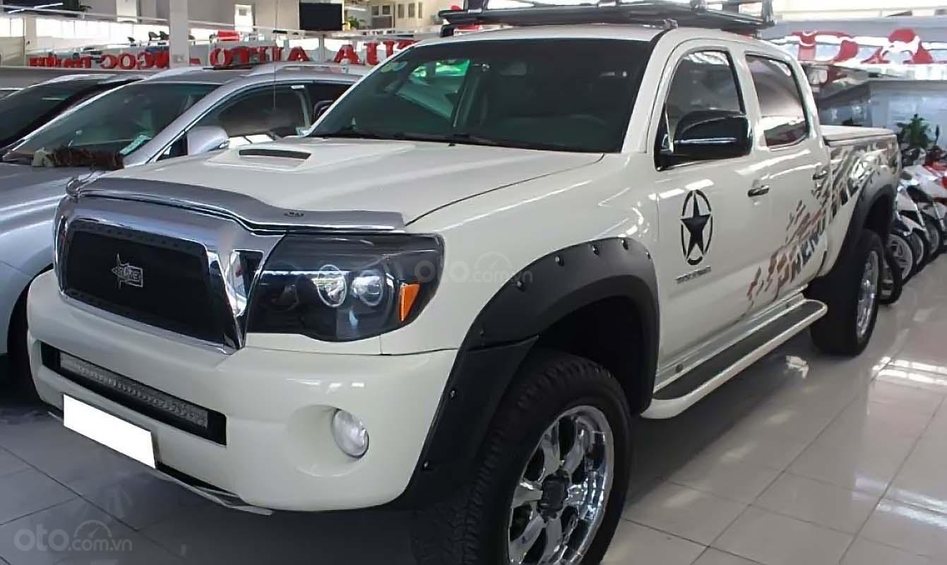 Cần bán xe Toyota Tacoma 4.0L 4x4 AT năm sản xuất 2009, màu trắng, nhập khẩu còn mới, giá chỉ 880 triệu (1)