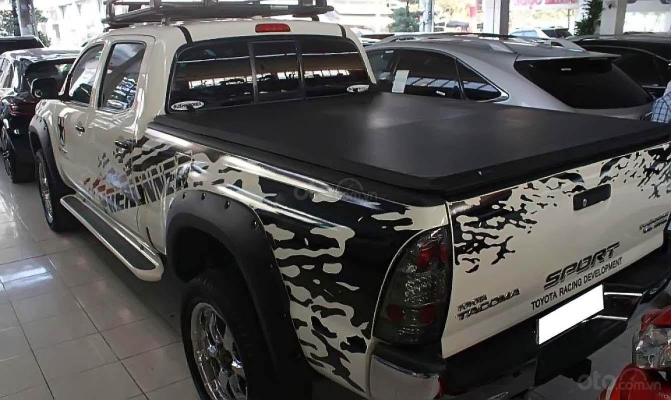 Cần bán xe Toyota Tacoma 4.0L 4x4 AT năm sản xuất 2009, màu trắng, nhập khẩu còn mới, giá chỉ 880 triệu (5)