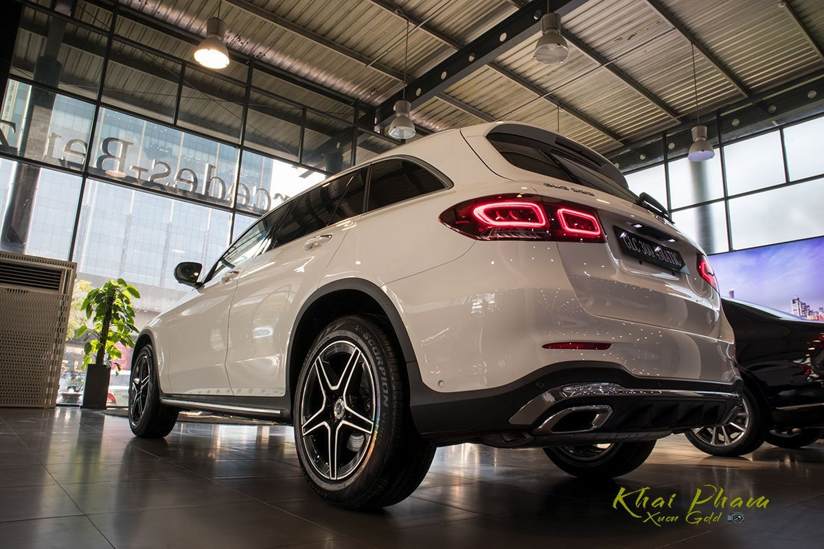 Thông số kỹ thuật xe Mercedes-Benz GLC 300 4MATIC 2020 a8