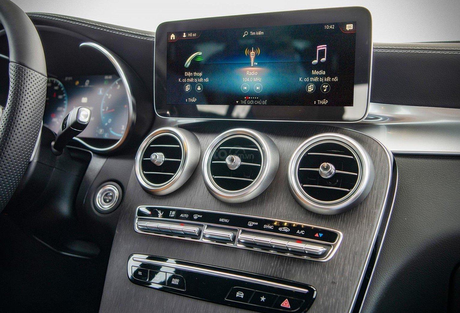 Thông số kỹ thuật xe Mercedes-Benz GLC 300 4MATIC Coupe 2020 a4