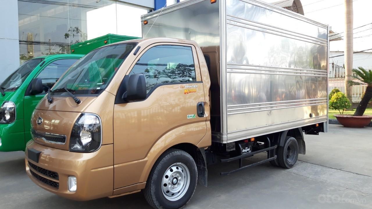 Xe tải Kia K200 1T9 giá tốt - hỗ trợ mua góp lãi suất ưu đãi, máy Hyundai nhập khẩu 100% (1)