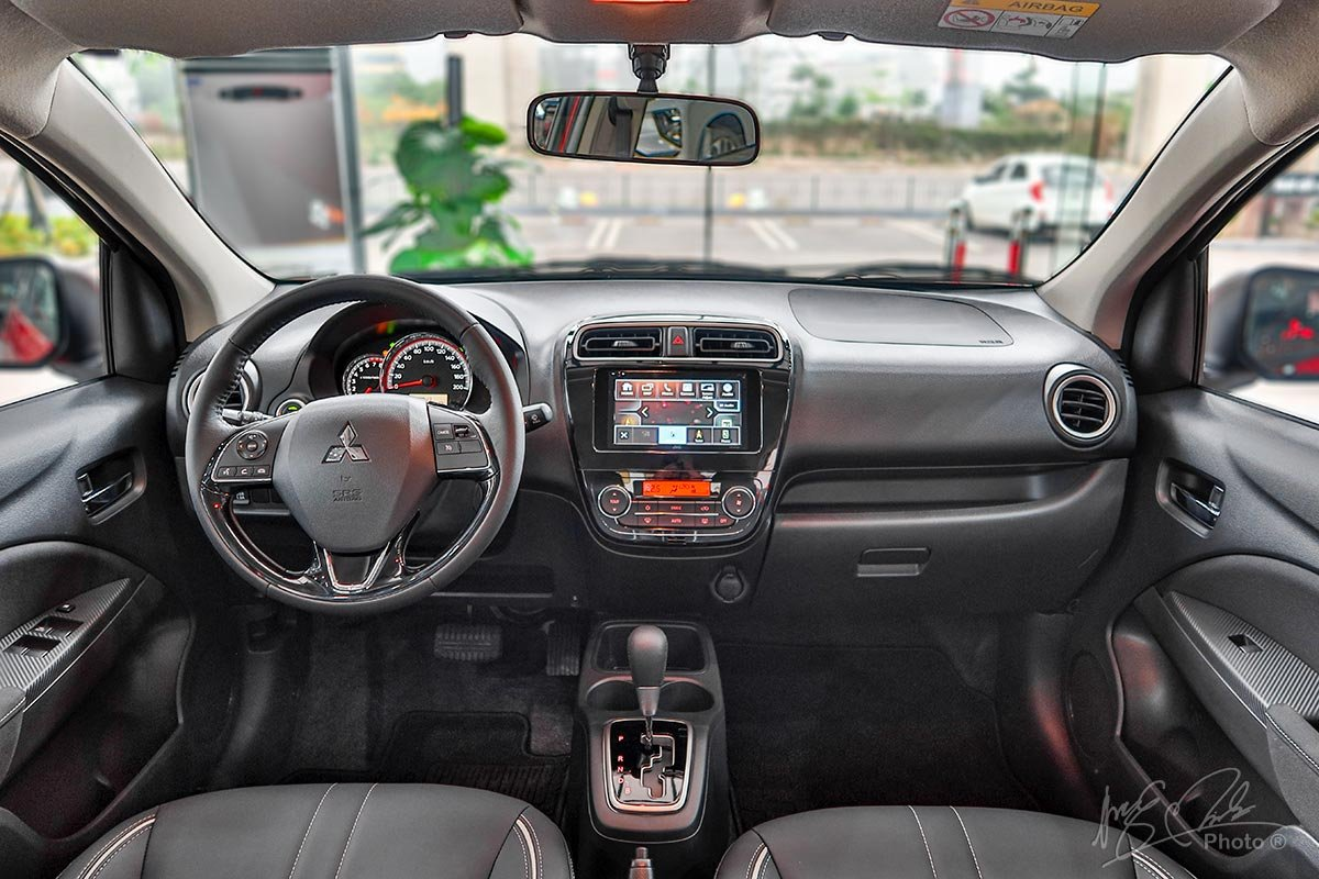 Không gian nội thất xe Mitsubishi Attrage 2020 1