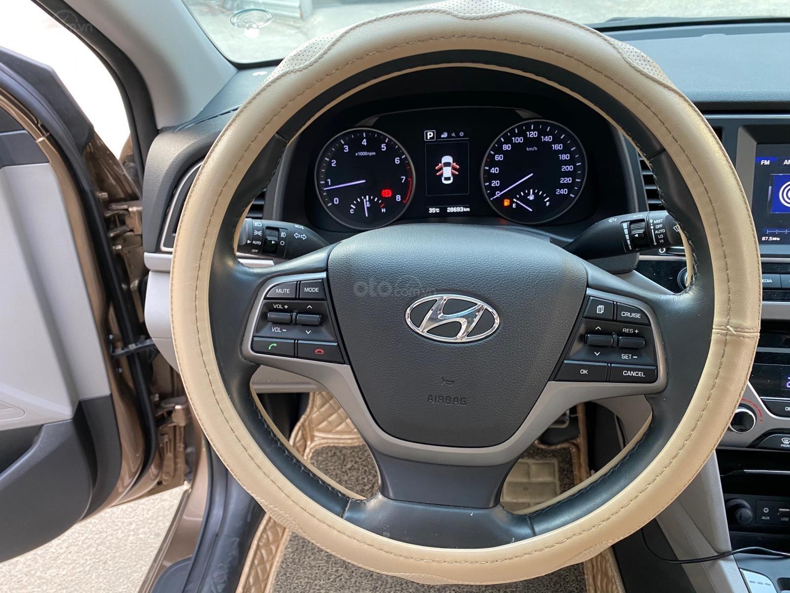 Bán Hyundai Elantra GLS 2.0AT màu nâu, sản xuất 2016 biển Sài Gòn chạy 28.000km (9)