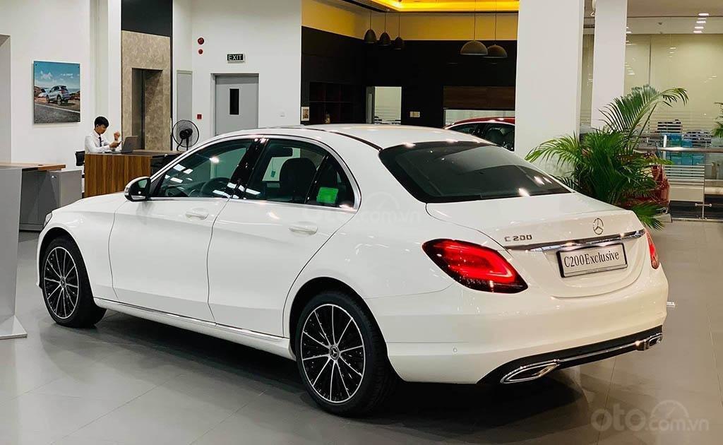 Thông số kỹ thuật xe Mercedes-Benz C200 Exclusive 2020 a2