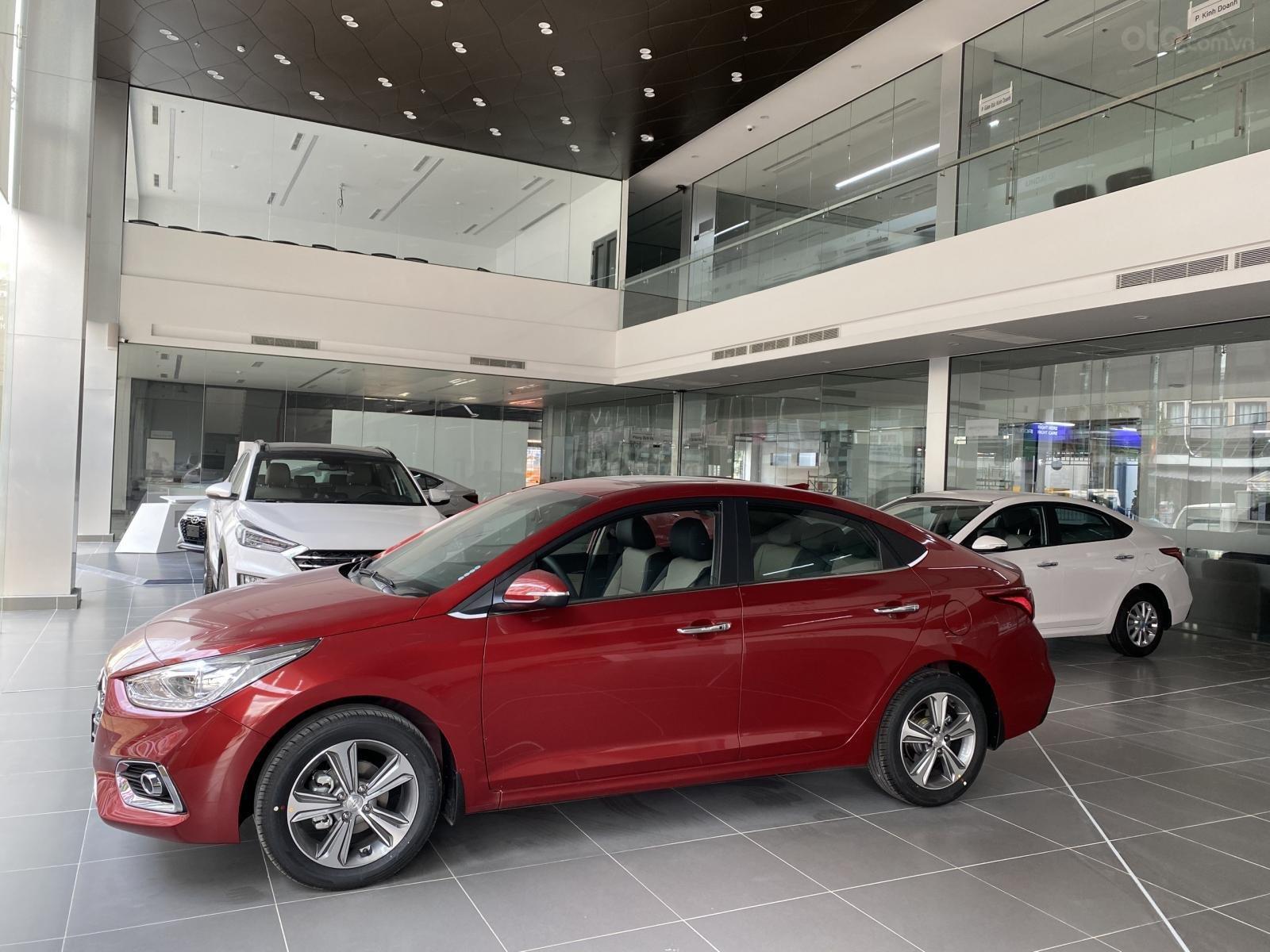 Hyundai Gia Định (5)