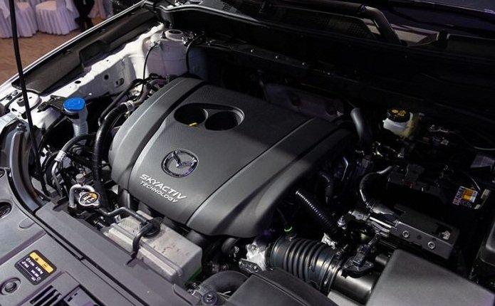 Động cơ xe Mazda CX-8 2020