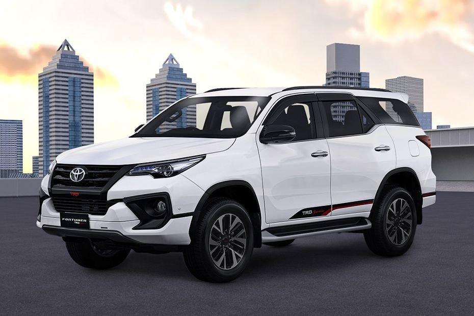 Ngoại thất xe Toyota Fortuner 2019 cũ