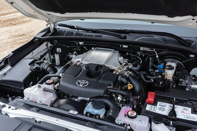 Động cơ xe Toyota Hilux 2020