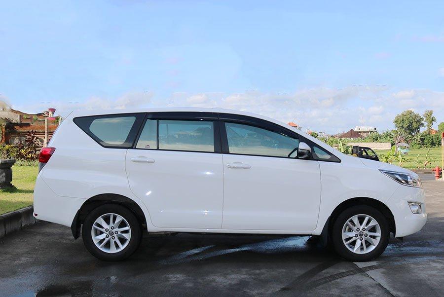 Ngoại thất xe Toyota Innova 2019