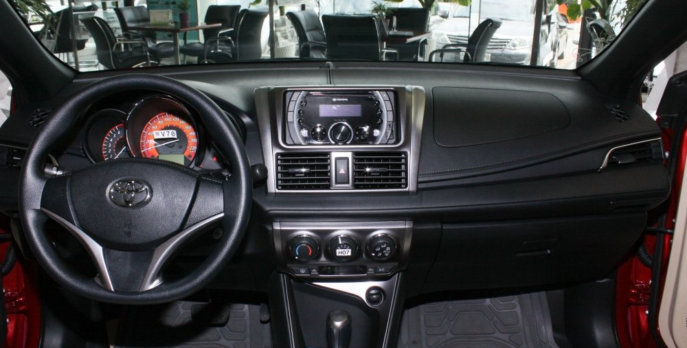 Nội thất xe Toyota Yaris 2019