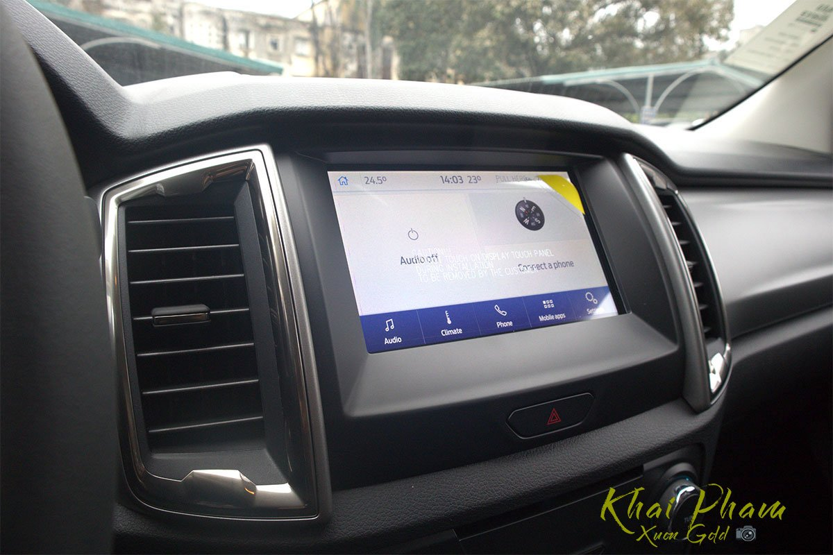 Ảnh chụp màn hình xe Ford Ranger Limited 2020
