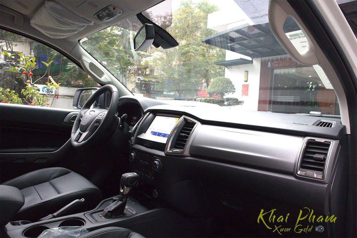 Ảnh chụp táp-lô xe Ford Ranger Limited 2020 1