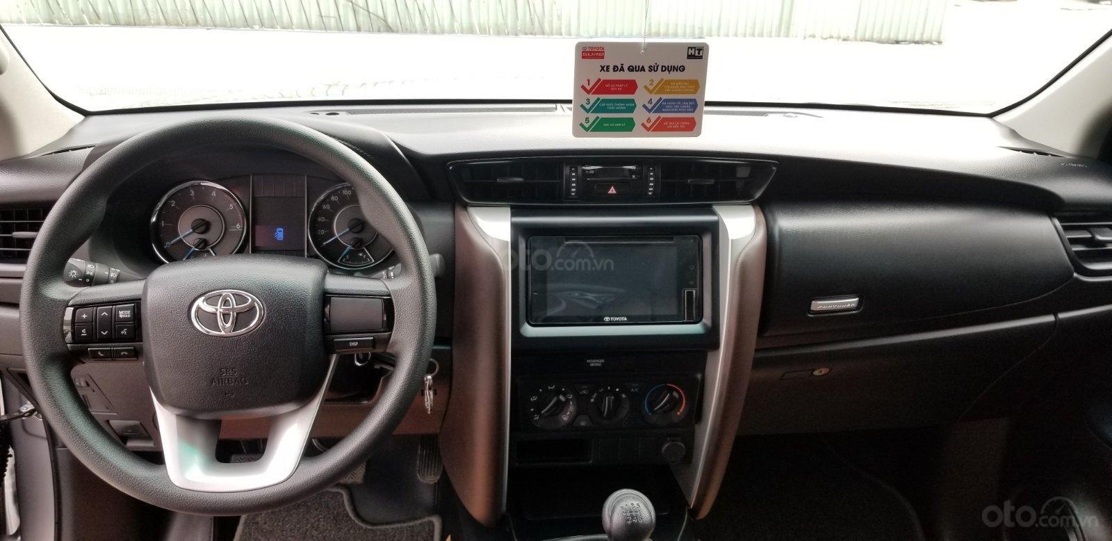 Cần mua bán Toyota Fortuner 2.4G dầu T7/2019, bạc lướt 7.500km, giá rẻ (10)
