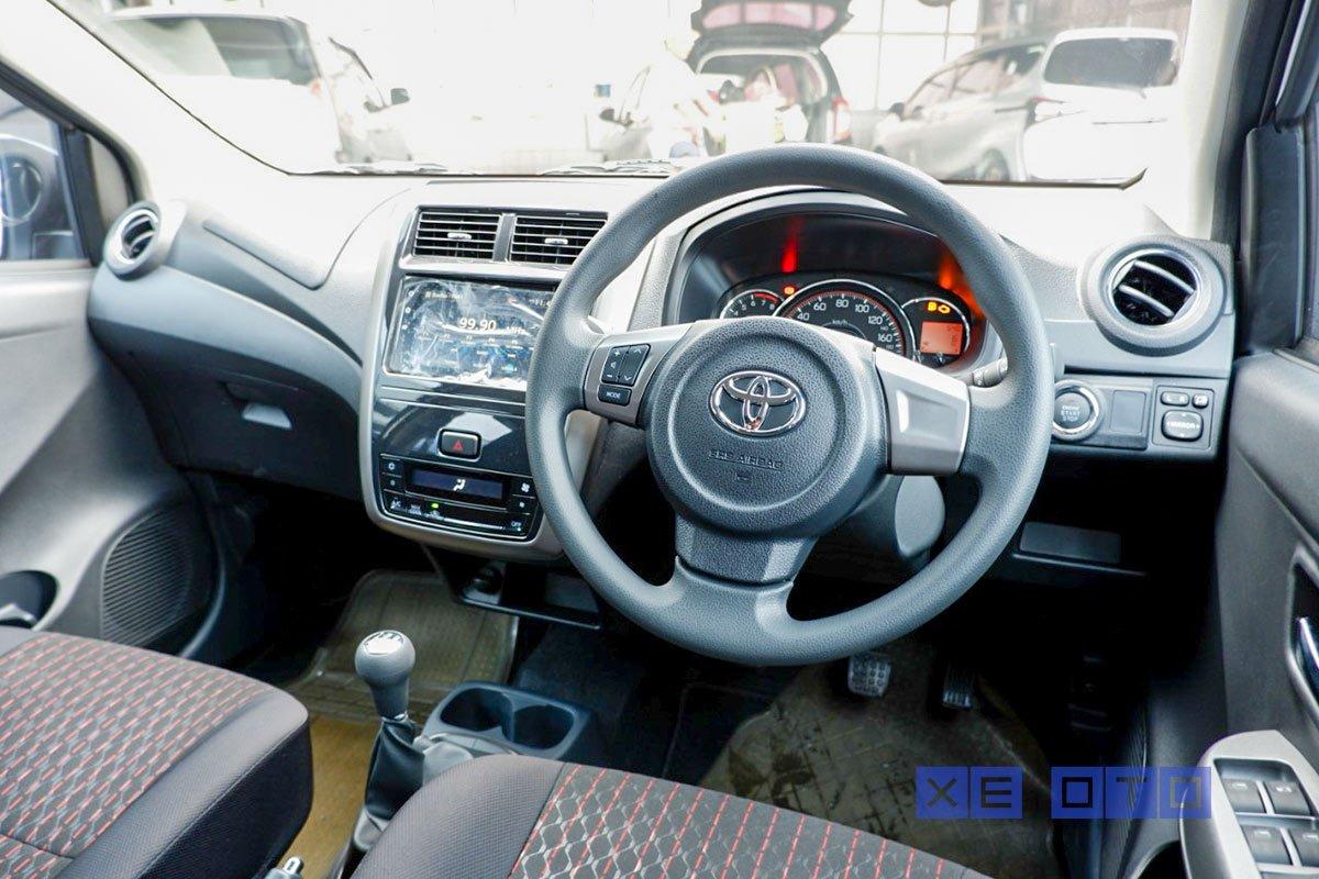 Nội thất của Toyota Wigo 2020 được nâng cấp thêm một số tiện ích đáng tiền.
