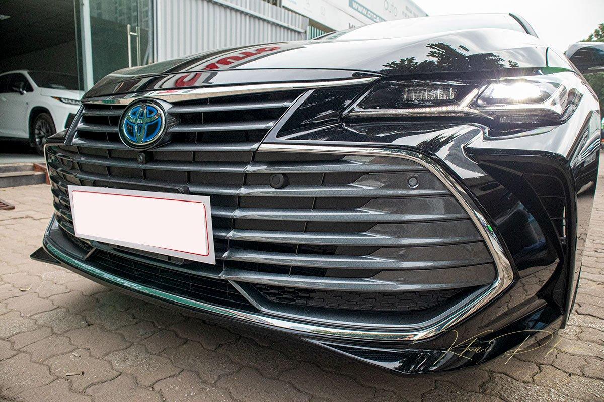 Ảnh chụp lưới tản nhiệt xe Toyota Avalon 2020 1