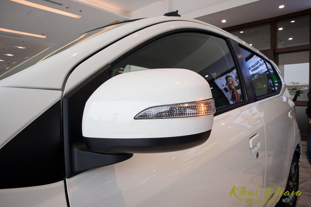 Ảnh chụp gương xe Toyota Wigo 2020
