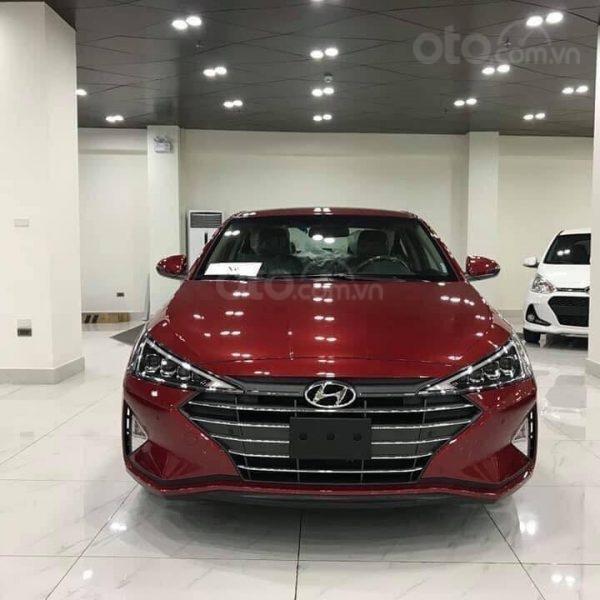 Bán Hyundai Elantra năm sản xuất 2020, giá cạnh tranh (1)