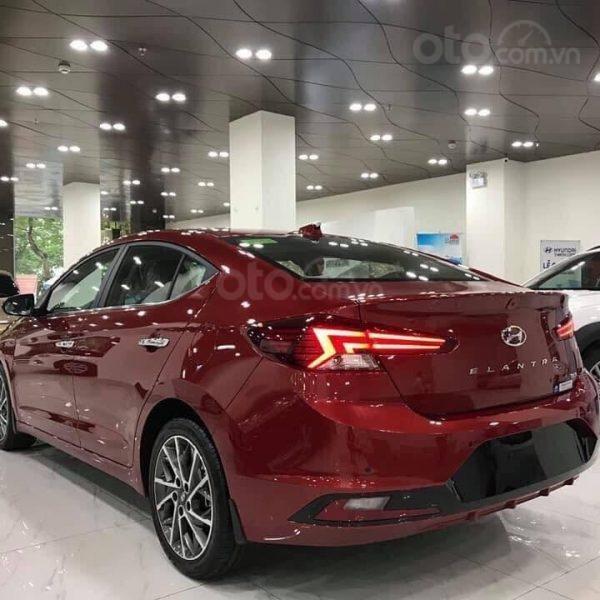 Bán Hyundai Elantra năm sản xuất 2020, giá cạnh tranh (4)
