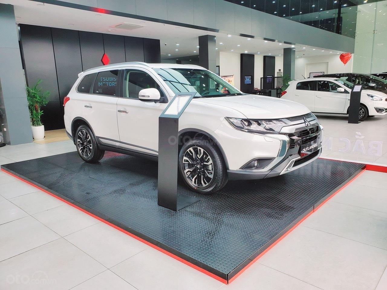 Mitsubishi Ôtô Đắk Lắk (11)