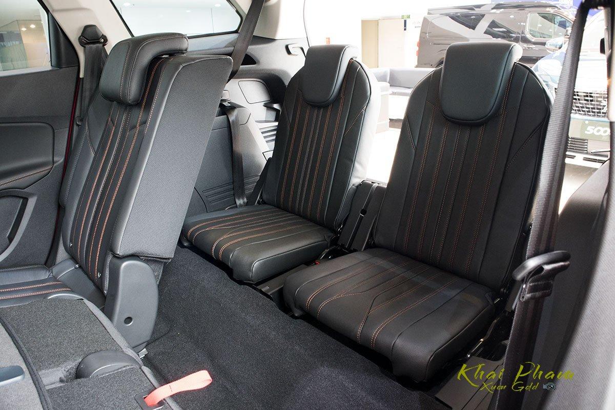 Ảnh chụp hàng ghế thứ 3 xe Peugeot 5008 2020