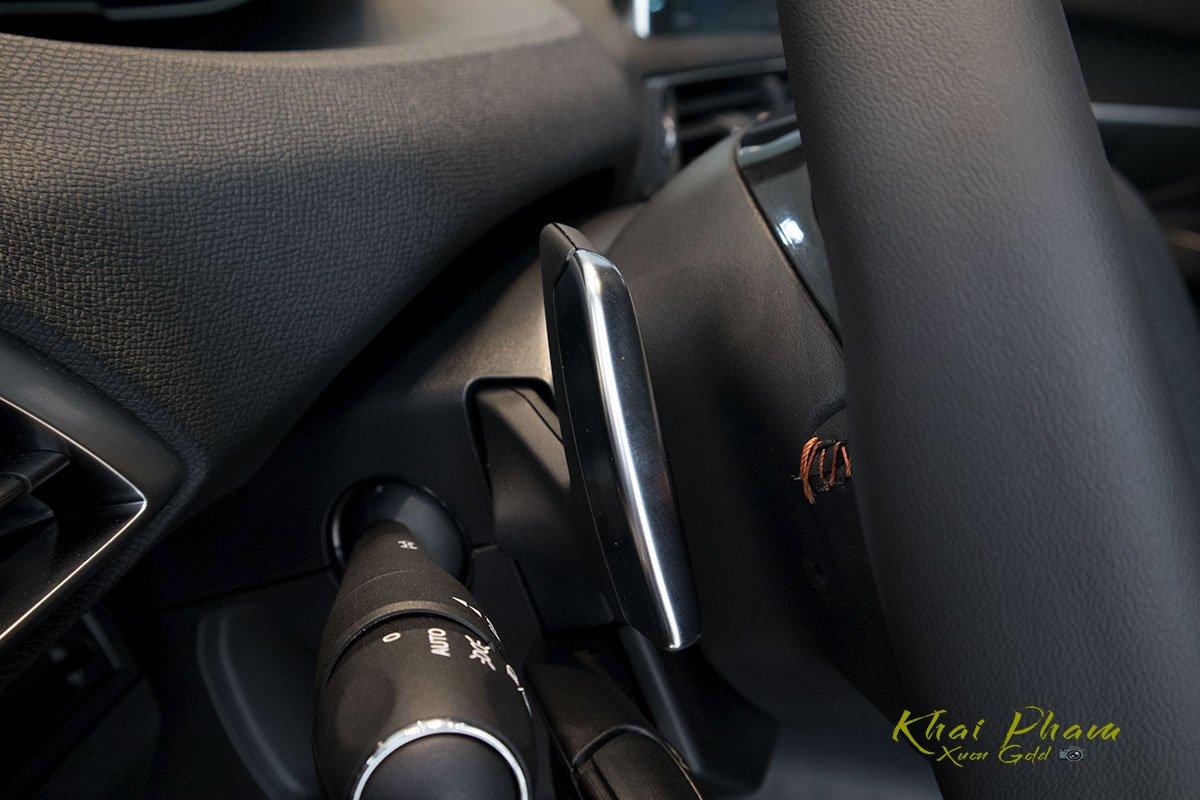 Ảnh chụp lẫy chuyển số xe Peugeot 5008 2020 1