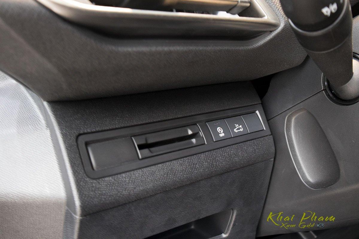 Ảnh chụp chức năng xe Peugeot 5008 2020
