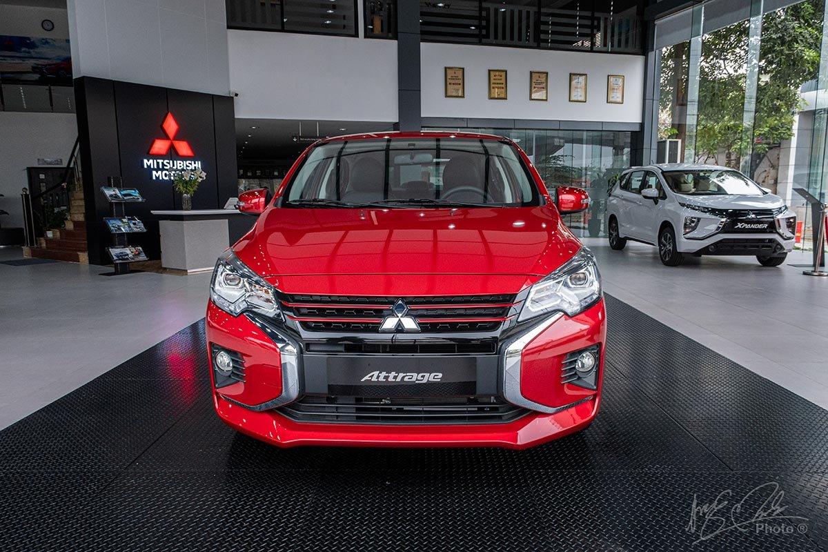 Phần đầu xe Mitsubishi Attrage 2020.