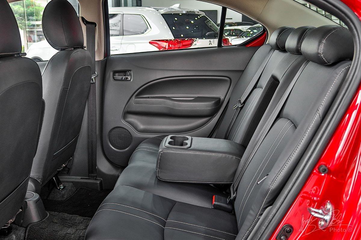 Ghế ngồi phía sau của Mitsubishi Attrage 2020.