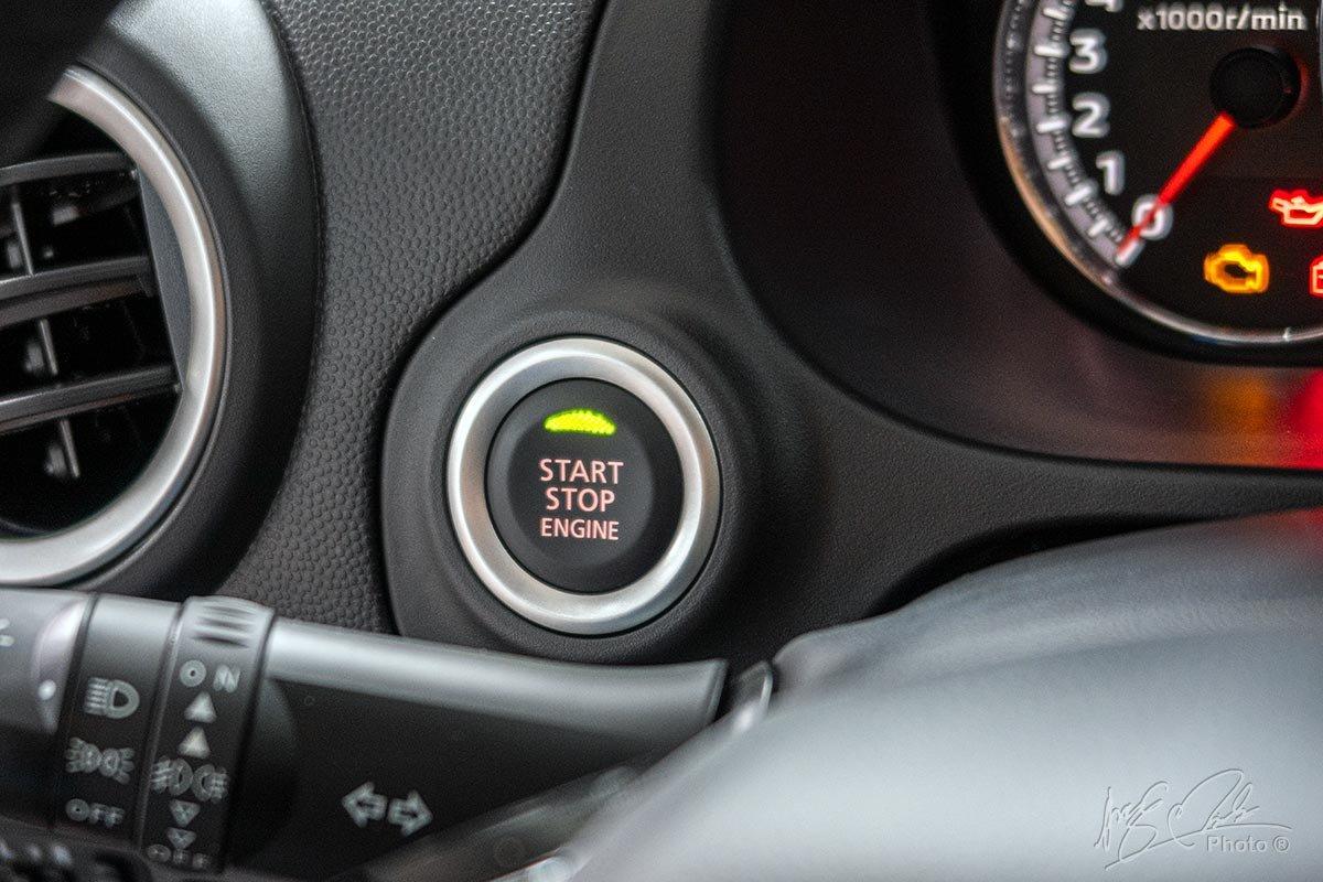 Khởi động bằng nút bấm của Mitsubishi Attrage 2020.