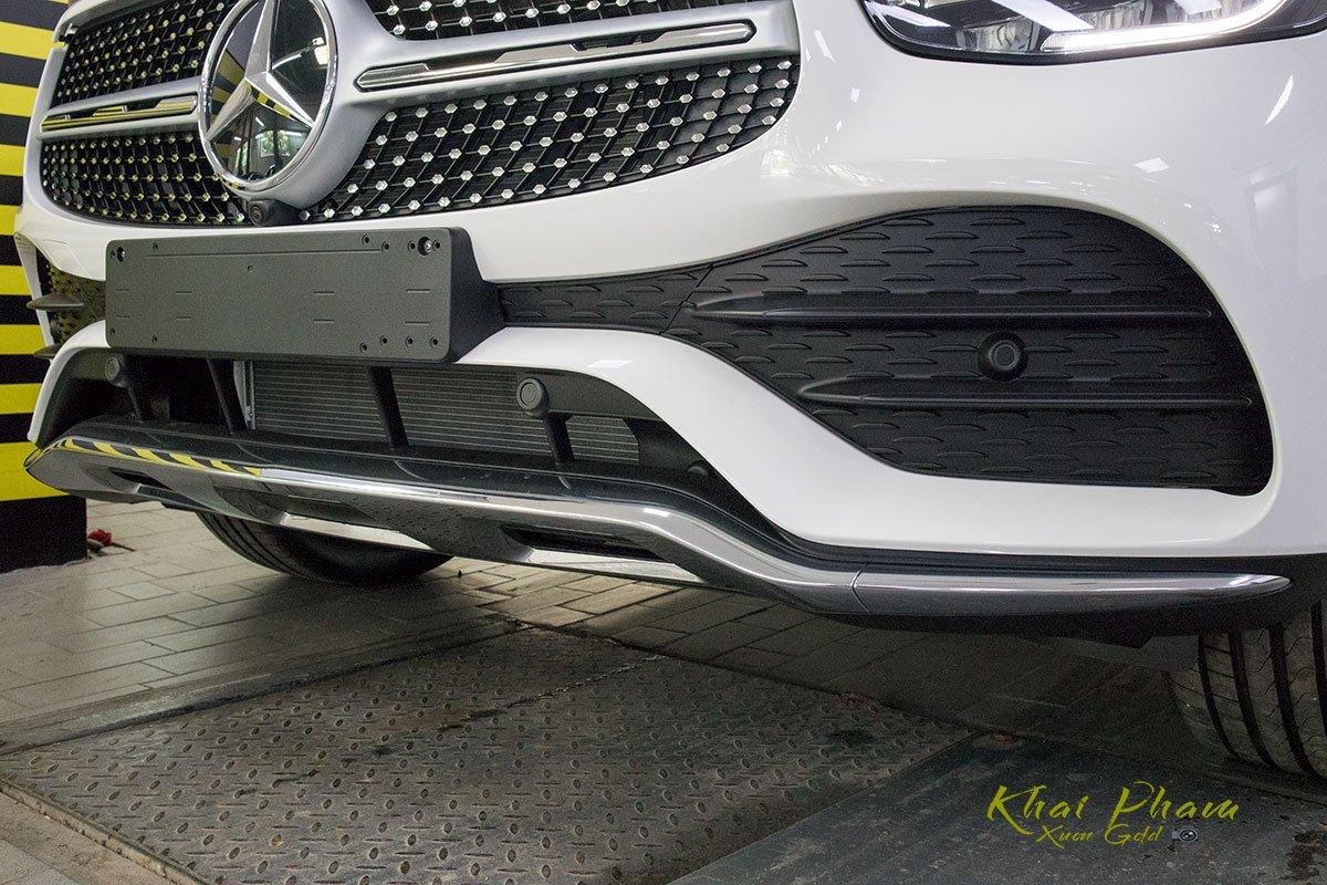 Ảnh chụp cản trước xe Mercedes-Benz GLC 300 Coupe 2020 1