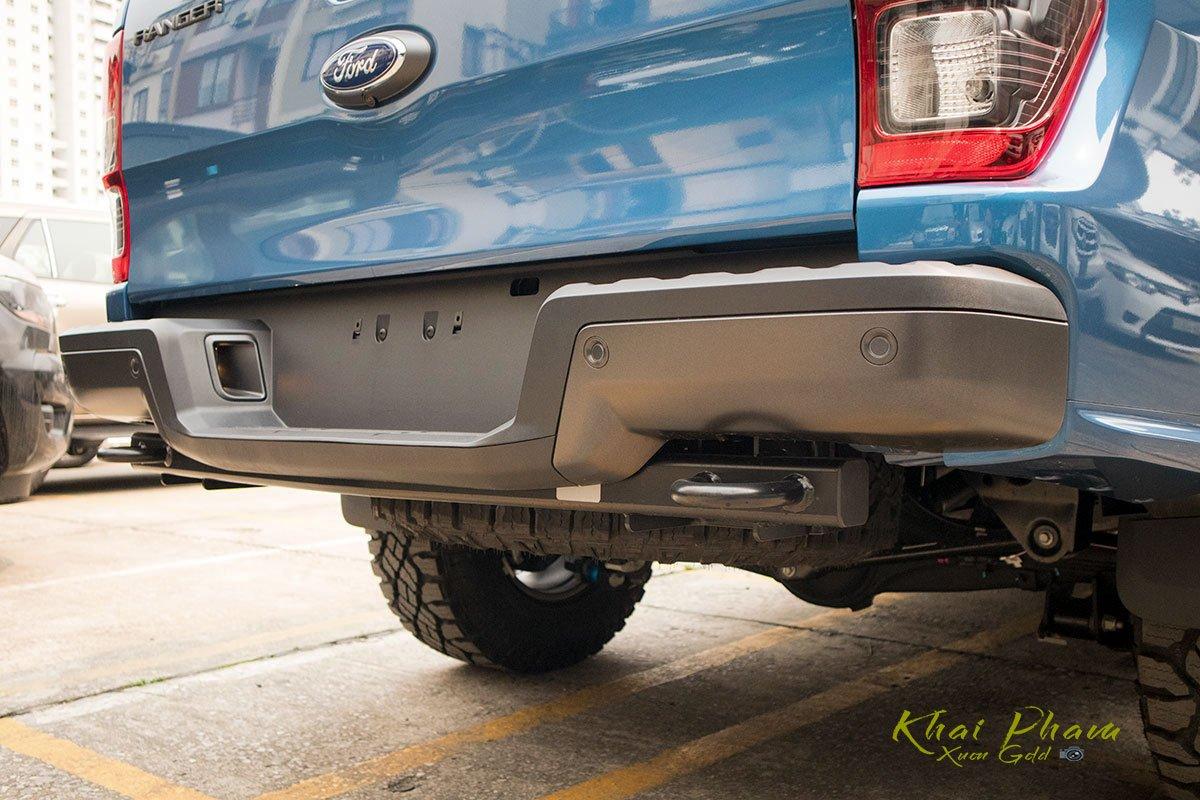 Ảnh chụp cản sau xe Ford Ranger Raptor 2020