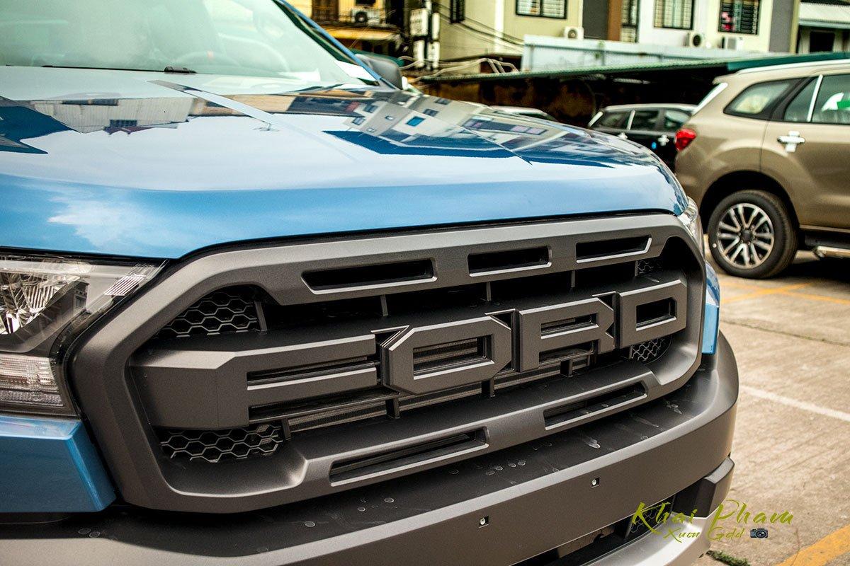 Ảnh chụp lưới tản nhiệt xe Ford Ranger Raptor 2020