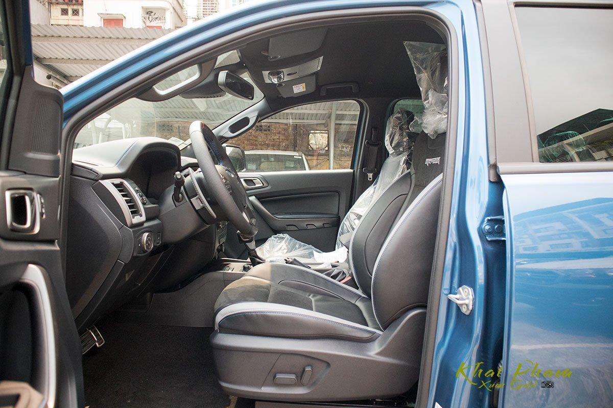Ảnh chụp ghế ngồi xe Ford Ranger Raptor 2020