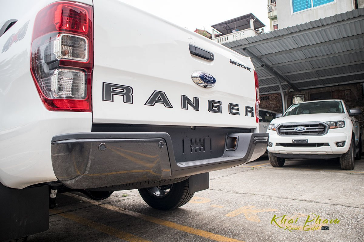 Ảnh chụp cản sau xe Ford Ranger Wildtrak 2020